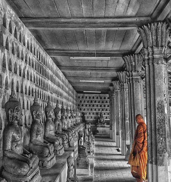 Laos Vientiane IPhoneography IPhone Travel Budism Budist Tempel Monk  Feel The Journey