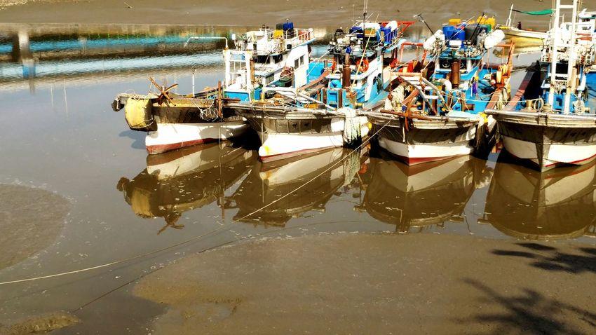 Ships⚓️⛵️🚢 Mud Flat Taking Photo Sea Side Fort