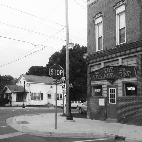 Tavern  Pub Bar