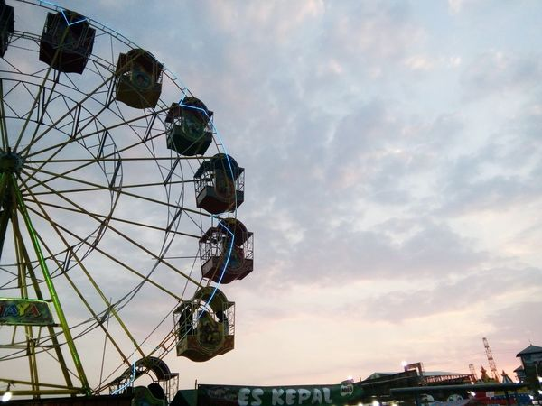 senja Ferris Wheel Amusement Park Ride City Arts Culture And Entertainment Amusement Park Sky Cloud - Sky