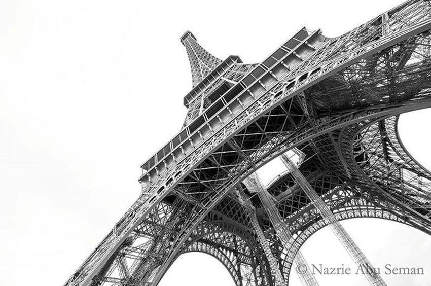 Different angle | Paris Paris Travel France Eiffeltower Blackandwhite B &w Architecture Nikonfrance