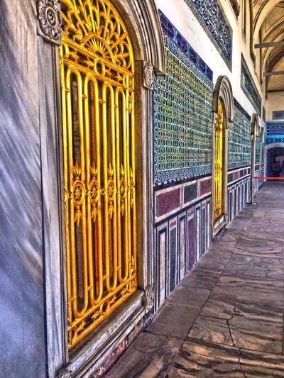 Goldendoors Goldendoor Oriental Style Oriental Design Orientalism Oriental Colours Oriental Architecture Magicmoments💫 Merhaba Türkiye Istanbullovers Istanbuldayasam Istanbul Turkey Istanbul City Enjoying Life Doorofopportunity Doorofjoy Doortoinfinity