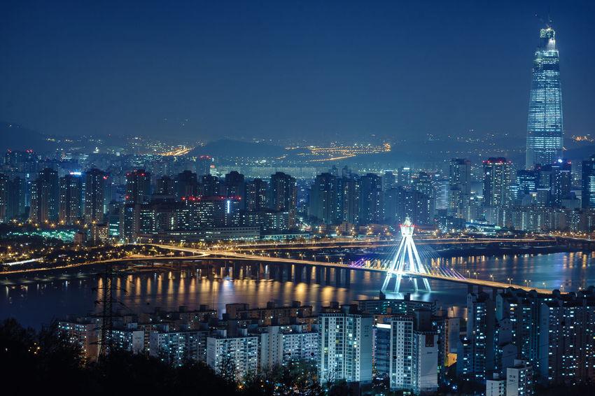 Seoul Korea Cityscapes Achasan Traveling Night Lights Aerial Shot The Traveler - 2015 EyeEm Awards Amazing Architecture The Photojournalist - 2015 EyeEm Awards Cities At Night The City Light Fresh On Market 2018