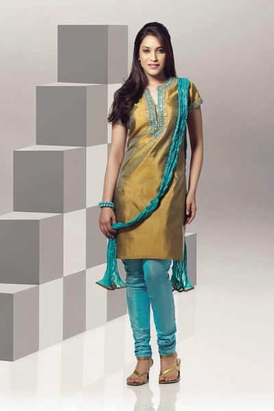 SalwarQameez Check This Out Indian Style Streetfashion Summer Dresses Fashion Woman Fashion Design Women