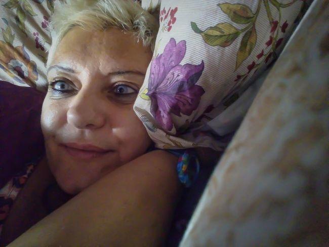 Amo il mio divano piú di ogni altra cosa! Artphotography StonexOne Original✌️ Relaxing At Home Sweet Home Color Photography Thats Me ♥ Sleeping Selfie ♥ Original Photography