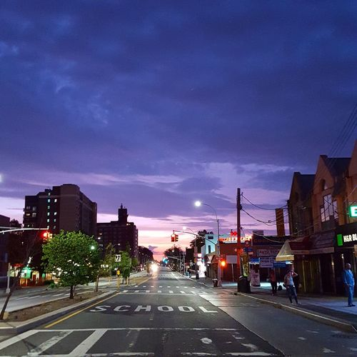Sunrise this morning in Queens. Taking Photos Check This Out Sunrise Sunrise_Collection Sunrise_sunsets_aroundworld Sunrise Colors Nature_collection Nature Photography Nature Natural Beauty Urban Landscape Urbanphotography NYC Photography NYC Street Photography NYC Shootermag Showcase: 2016 EyeEm Nature Lover Eye4photography  EyeEm Gallery EyeEm Summer Summertime