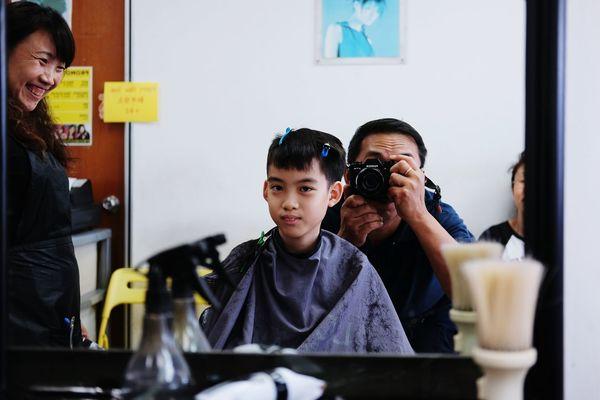 The Street Photographer -2016 EyeEm Awards Singapore Life Singapore Singaporestreetphotography Barbershop Barber Life Fujifilm_series Fuji Fujixclub Fujifilm_xseries Fujixseries FujiX70