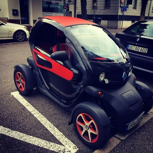 love this gokart Twizzy Renault inkl meiner farbe Red cc:@achimh