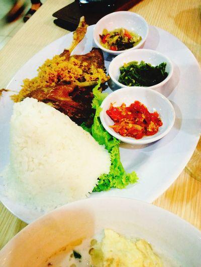 Jakarta Eating In My Mouf