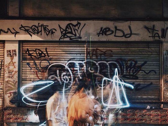 Street hunting 👻 . . . . AOV Agameoftones Streetdreamsmag Streetmeetina Streetphotography Streetlight Shootityourself Distinctlife TheCreatorClass Trusttheshooter Justgoshoot VSCO Vscofeature Hb2 Fujifilm_id Fujifilm_xseries Fujifilmx30 Longexposure Skillshare Streethunt Streetmobs Snobshots