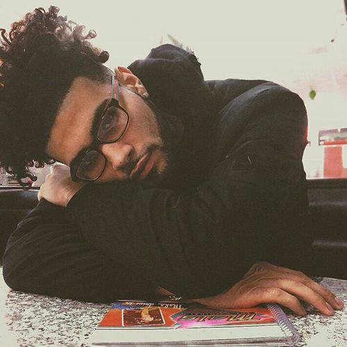 RonnieBanks  Ronnie Banks Hairstyle Curly Hair Haircut Attractiveguy Attractive Model Gorgeous Aesthetics Selfie Gucci Glasses
