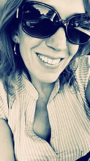 Such a Sunny Day makes me Smile! For My Friends That Connect a Bnw_selfie Have a lovely day!! xoxo