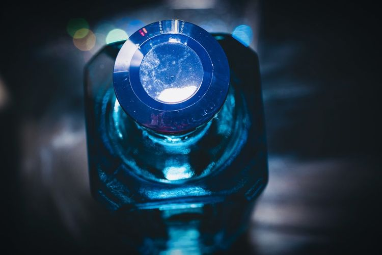 Gin 😍 Bombay sapphire Nikon Tamron90mm EyeEm Macro Blue Bottle GIN Close-up Indoors  Illuminated Technology No People Lighting Equipment Still Life Single Object Focus On Foreground Light Night Light - Natural Phenomenon Selective Focus