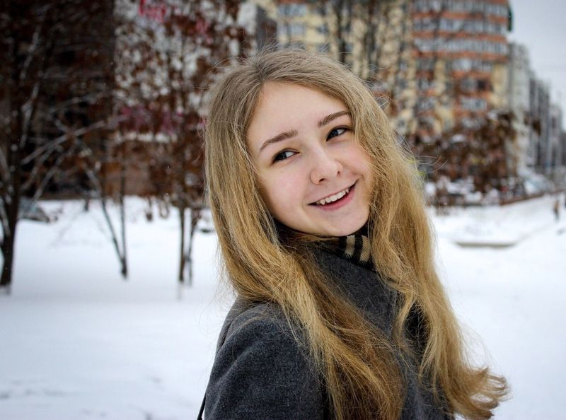 Portrait Blond Hair Smiling Looking At Camera Winter Toothy Smile Long Hair Happiness Cheerful Young Adult Focus On Foreground Headshot Warm Clothing One Person Cold Temperature Snow Young Women Beautiful Woman Day Outdoors