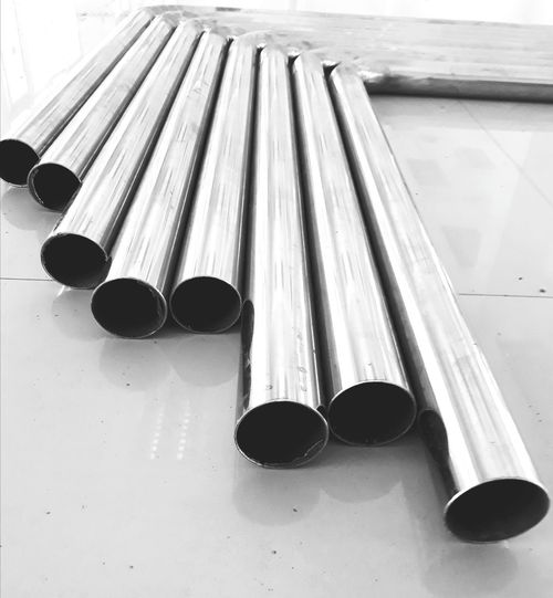 Stainless steel pipe is lined. Musical Instrument Arts Culture And Entertainment Close-up Musical Instrument String Acoustic Guitar Bow - Musical Equipment Guitar Violinist Violin Electric Guitar Acoustic Music Bass Guitar Plucking An Instrument Classical Guitar Guitarist Cello Cellist String Instrument Musical Equipment Classical Music Fretboard Piano Key Woodwind Instrument Wind Instrument Piano Parallel Brass Instrument