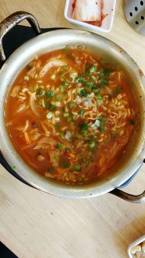 Kimchi ramyeon Korean Food Kimchi Ramen