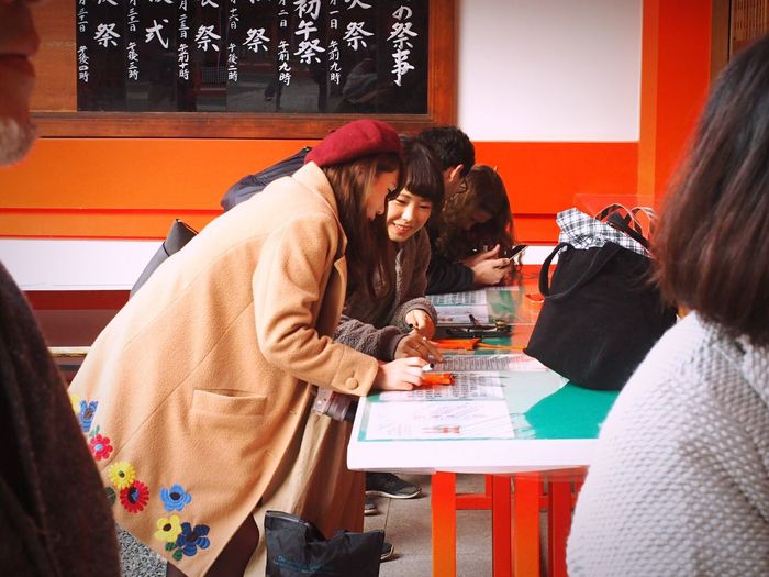 Happiness Friendship Indoors  Smiling Women Togetherness People Young Adult Adults Only Adult Day Real People One Young Woman Only EyeEm Japan EyeEm Taiwan EyeEm Best Shots Young Women The Week Of Eyeem 京都 伏見稻荷 Only Women Two People Enjoy The New Normal