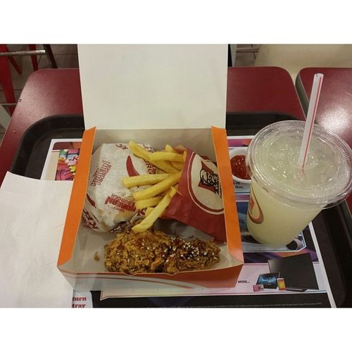 My NINE dollars dinner. Unhealthy and not very tasty :/ KFC Korean Spicy