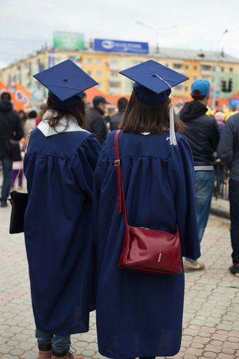 Square Hat Academic Выпускники