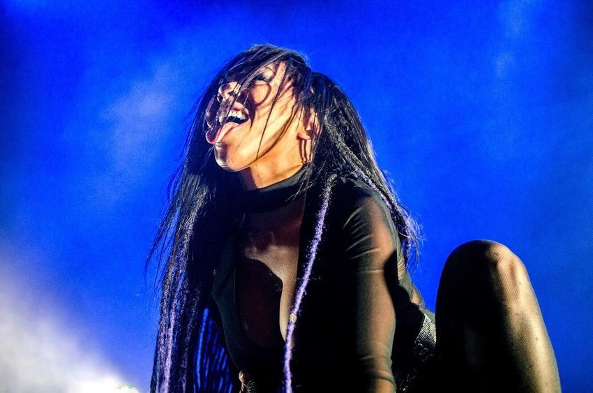 Lifestyles Real People Young Women Young Adult Long Hair One Person Leisure Activity Blue Low Angle View Happiness Smiling Portrait Sky Outdoors Day Close-up People Amandajamesphotographypa Amandajamesphotospa Butcherbabies Hollywoodundead Northamericantour