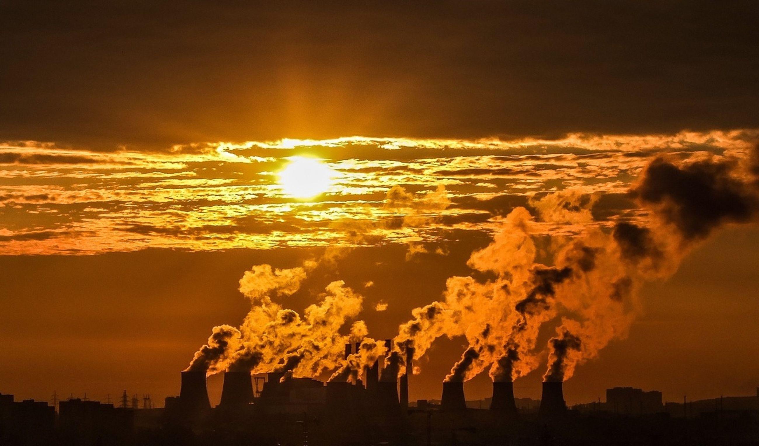 sunset, architecture, building exterior, sky, built structure, silhouette, orange color, sun, city, cloud - sky, scenics, beauty in nature, cityscape, nature, sunlight, outdoors, dramatic sky, cloud, no people, building