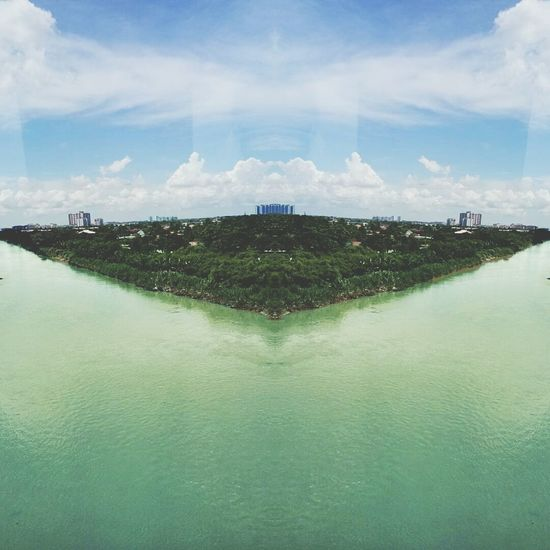 Scenics Cloud - Sky EyeEmNewHere Outdoors River Mirrored Image somthing i love about this photo.