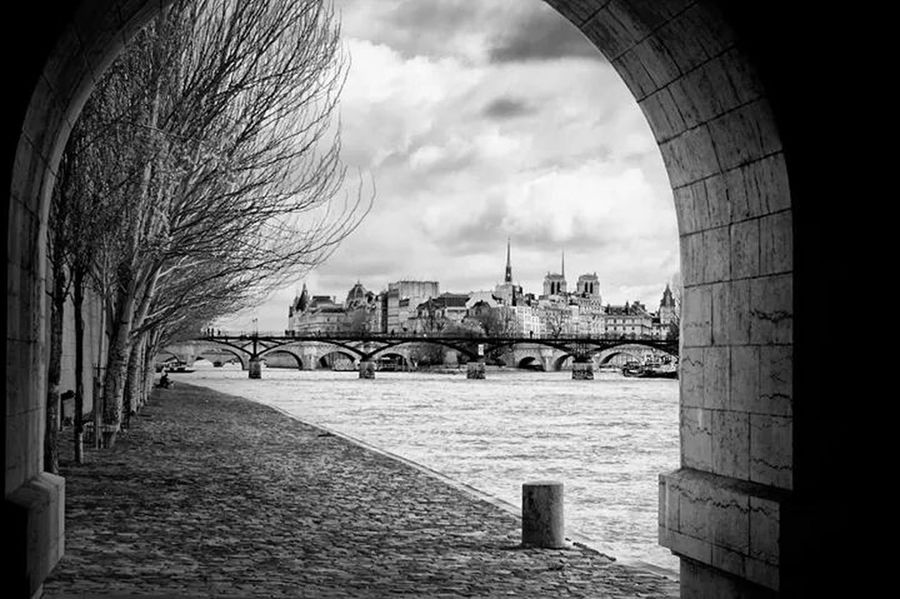 Il était une fois la Seine... Street Photography Paris Monochrome Black&white
