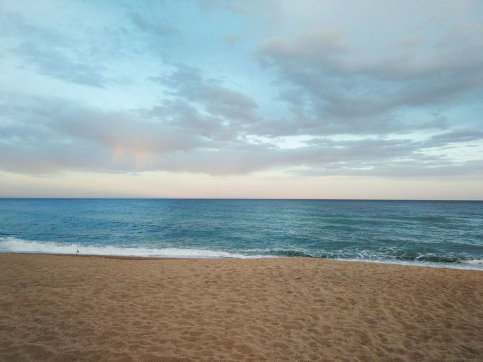 Sunset Beach Wave Sand Sorra Mediterranean  Mar Platja Platja De Sabanell Blanes Costa Brava Coastline Seascape Calm Dramatic Sky