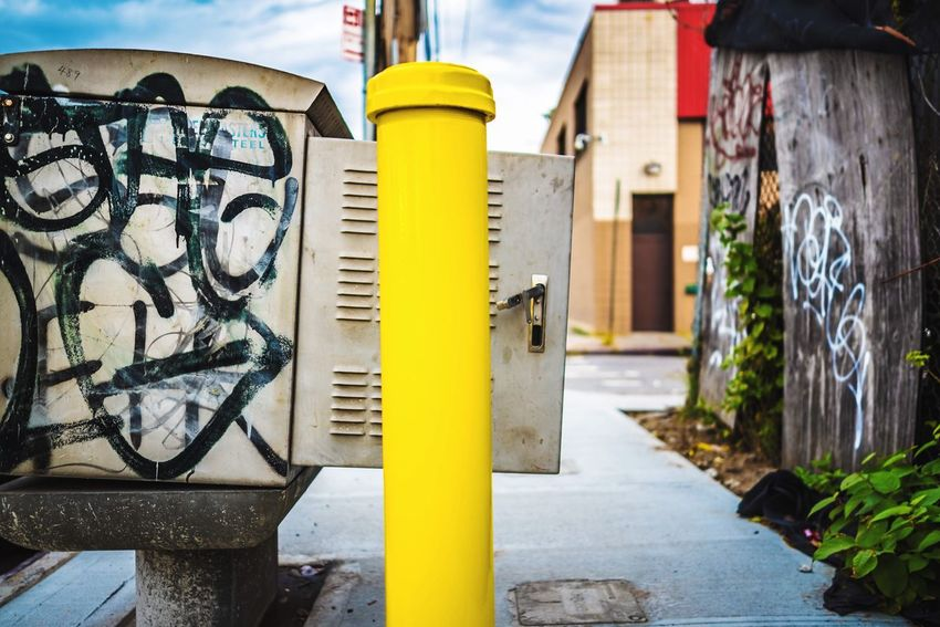 Graffiti Day Built Structure Outdoors Building Exterior Architecture No People Close-up NYC New York Photooftheday Photography Photographer Lifestyles Art Arts Culture And Entertainment Art Is Everywhere ArtWork Artist City Life Social Issues Style Streetphotography Street