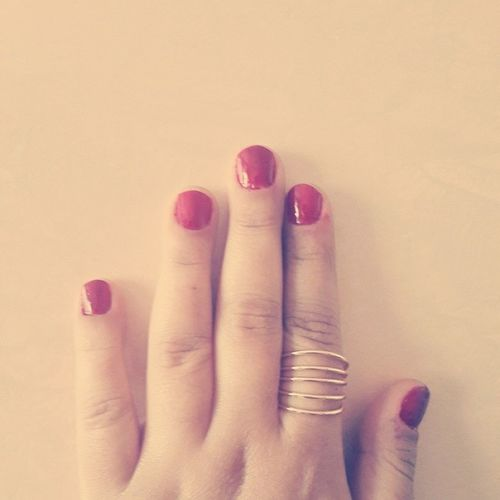 25 gündür tırnak yemiyorum genler Eat Nails Nail 25days red oje