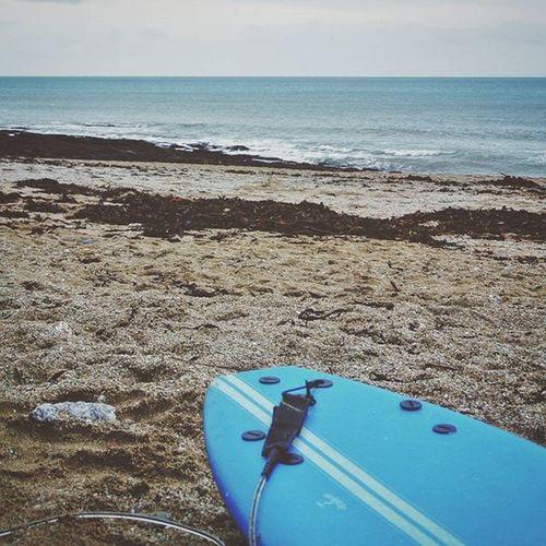 Sunday Morning Surf Sess Yesterday 🌊 Surf Wave Beach Ocean Nature Naturelovers Surfboard Twobarefeet Gylly Cornwall Sunday Sundaysurf