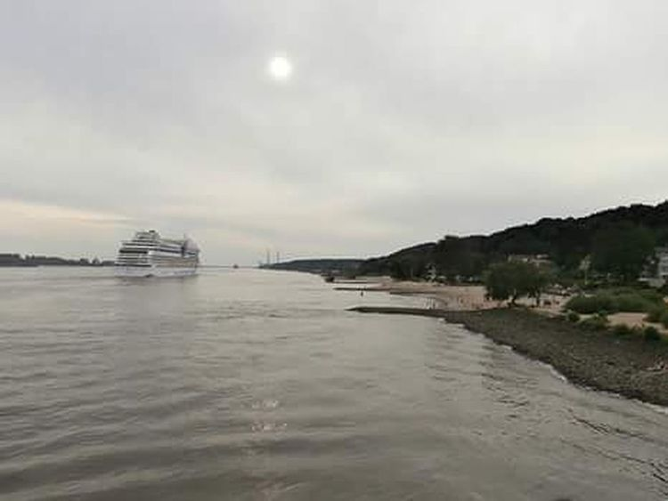 My beautiful Hamburg! ☺ ❤ Ilovehamburg Hamburgmeineperle Elbe Elbstrand Blankenese Hamburg Nature Photography