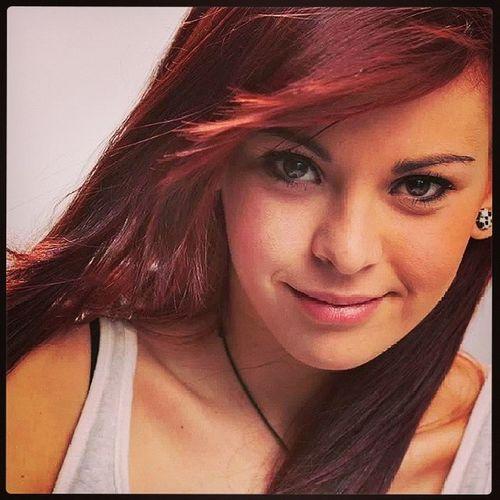 Italiangirl Redhead Psychosmile 23 Nobodylikesyouwhenyoure23 Whatsmyageagain Blink182 Turin May