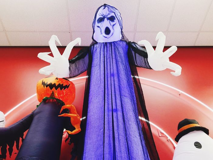 Halloween EyeEm Selects Representation Art And Craft Human Representation Indoors  Creativity Craft Human Body Part Sculpture Built Structure Multi Colored Personal Perspective Decoration One Person Real People Low Angle View Celebration Wall - Building Feature Close-up Statue Ceiling