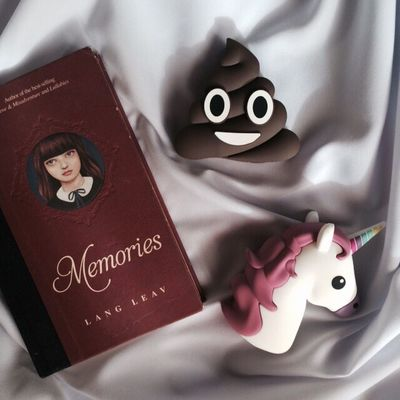 Books Memories Langleav Powerbank Unicorn Poop