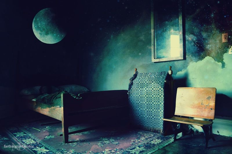Astral Daydream. Octagon Hall Museum Kentucky, U.S.A. . Interior Views Hanging Out Taking Photos History Through The Lens  History Historic Historical Building Historical Place Historical Check This Out Photography Photooftheday Kentucky  Photomanipulation Mashup Manipulation Moon_collection Moon Beautiful Eerie Eye4photography  Room Civil War Civil War History Showcase March