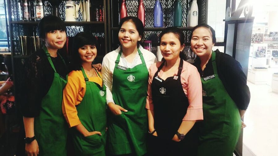 THE AUNTHENTIC INDONESIAN WOMEN WEARING 'KEBAYA' First Eyeem Photo Women Woman Portrait Womanselfie Women Of EyeEm Womens Rights Women At Work Kartinidays Kartinimasakini ToBeAPartner Sbuxpartner Sbuxindonesia