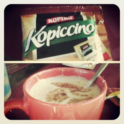 Kopiko Kopiccino :) Breakfast at Oriol's residence :)