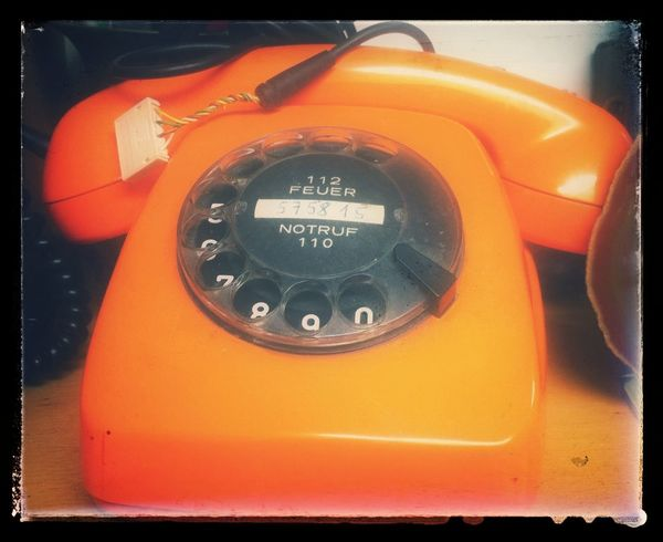 Retro Telephone Flewmarket Orange