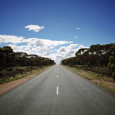 First hill in two days. #roadtrip Roadtrip Lachlanpayneawesomeamazingphotosbestinstagramereverfollowmenow Payneroadtrip