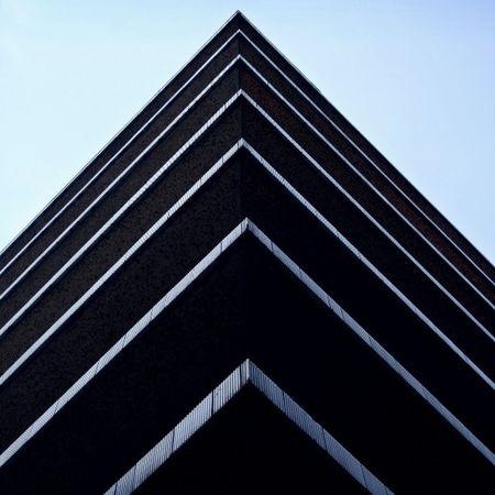 London Minimalism Architecture Archilovers Architectureporn Architecturaldetail Interiordesignstudent Whatsyourangle Cleanlines Heartarts