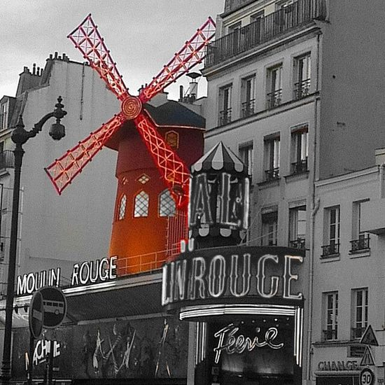 Splashing Splash Of Color Splash_greece Splash Photography Parisian Cliché Paris❤ Paris Streets Moulin Rouge Moulinrouge