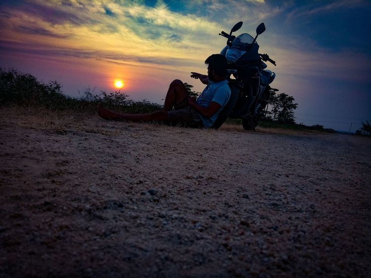Sometimes I wonder y the sunset is more beautiful than the sunrise. I guess it's an irony of life, sometimes better things could really happen in saying goodbye 😛 EyeEm Best Shots EyeEm Nature Lover Nature_collection Nature Photography Pic Nature Sunset Sunset_collection Sunset Silhouettes Bike Nature Nature_collection Nature Photography Lover Photography Photo Sunset Sky People Outdoors Only Men Day Summer Exploratorium Visual Creativity EyeEmNewHere Adventures In The City This Is Latin America Going Remote