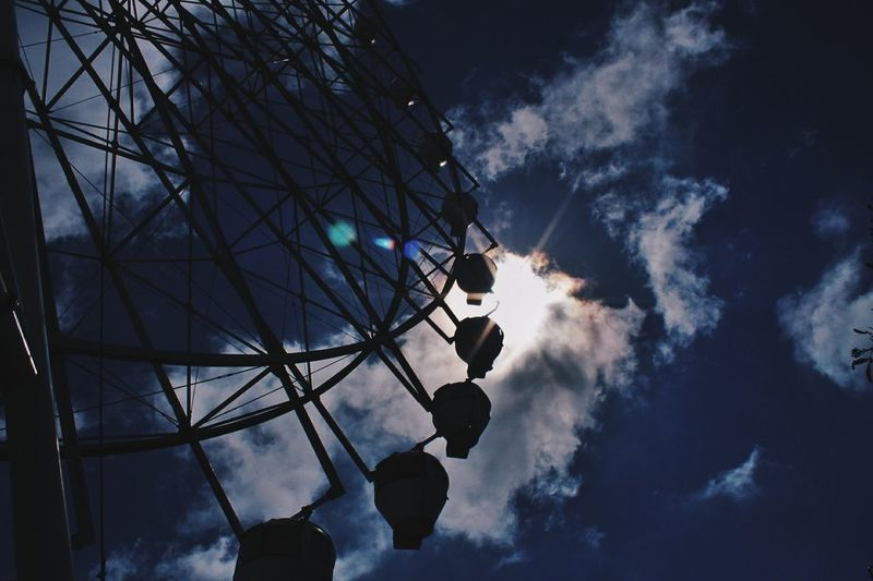 Silhouette Silhoutte Photography Silhouette_collection Silouette & Sky Ferris Wheel Ferriswheelinthecity🎡🎢 Passionpassport Passionforphotography VSCO Check This Out Summer Traveldiaries Travel Destinations Travelphotography Top Popular Photo No People Sinopinas Fotograpiaunited Sky Silhouette Low Angle View Outdoors Astronomy EyeEmNewHere