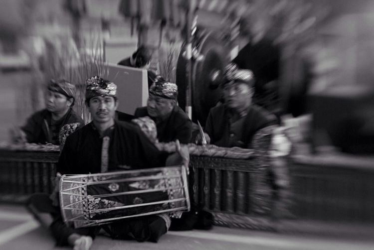 Hearing Streetphoto_bw Bali, Indonesia Lensbaby  Lensbaby Photographie  Bali Balinese Music Culture Traditional Culture Ethnic Music Percussion Gamelan Heritage Showcase: February