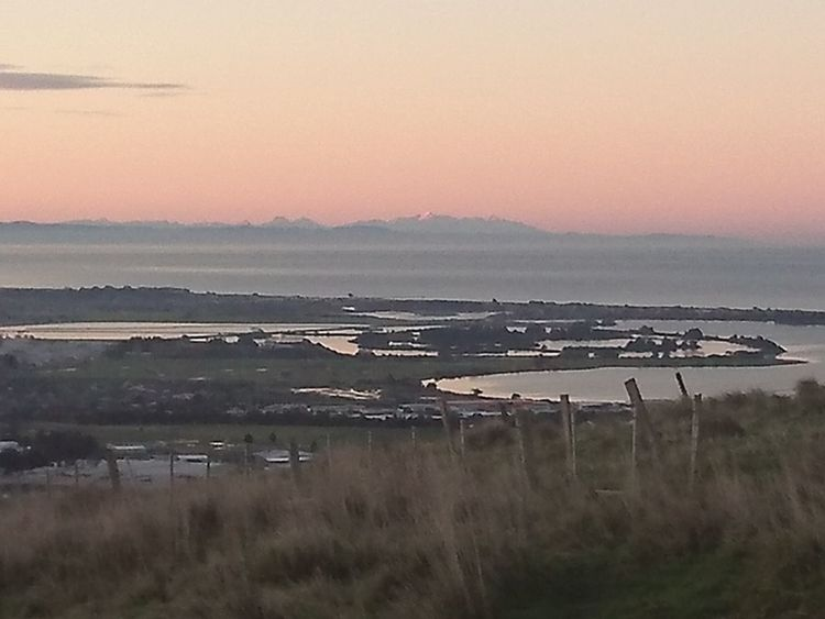 Outdoors Tranquility No People Horizon Over Water Beauty In Nature Sky Christchurch Walking The Dog Mountain Zoomed Out