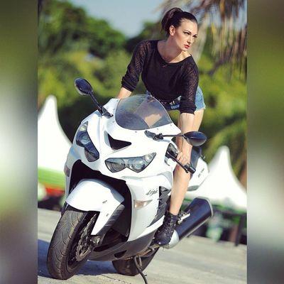 @olga_kopyova Kawasaki Kawasakininja ZX14 Instamotogallery Bikeofinstagram Bigbike Bikelife Makassar N250community N250rcindonesia