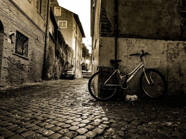 Abandoned Bike Bicicleta Abandonada Roma Rome Italia Italy Huawei p9 P9 Huawei Leicacamera Dual Camera