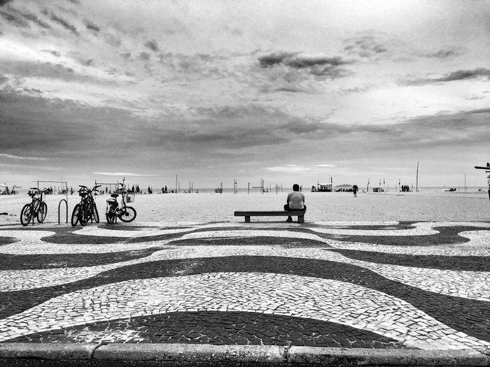 People Watching Copacabana Beach Copacabana Peoplephotography Rio De Janeiro EyeEm Best Shots - Landscape EyeEm Gallery EyeEm Best Shots EyeEmBestPics Bw EyeEm Loneliness Instantespl Nikon Nikon D7000