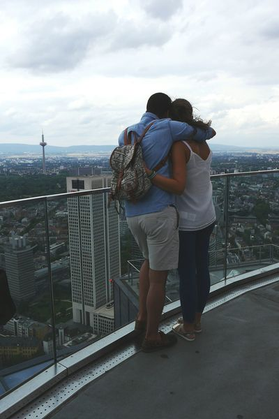 young love..... Urban Lifestyle Enjoying The View Colognemeetsfrankfurt Großstadtgeschichten Fresh2 Enjoying Life